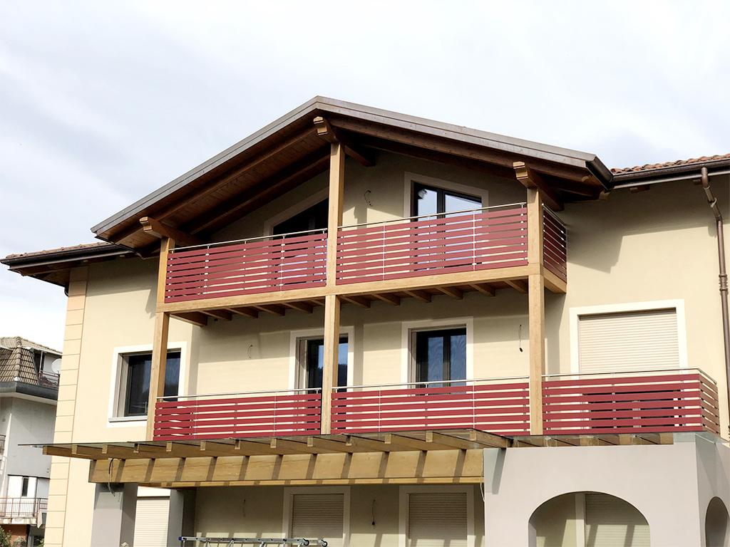 Serramenti in legno su misura a Varallo